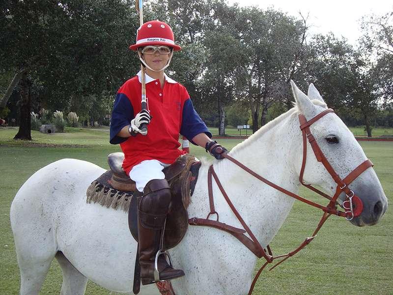 Junger Polospieler in Argentinien