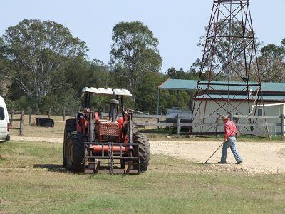 Traktor at Training Ranch