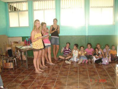 Teaching kids in Costa Rica