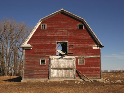 Red barn farm USA