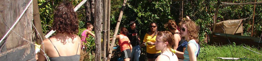 Costa Rica Volunteers at Community Work